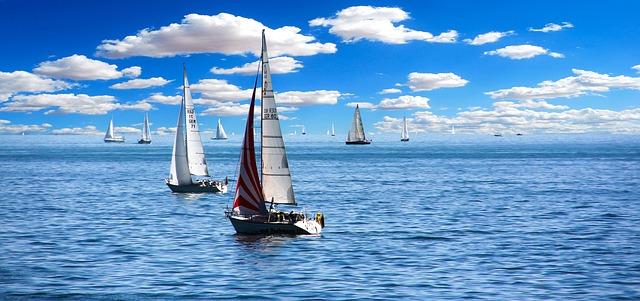 Quels avantages présente une location de voilier?