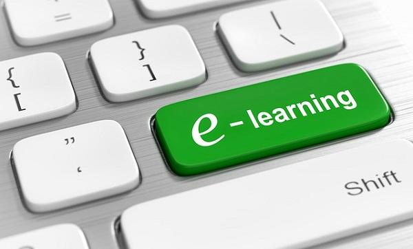 Les avantages offerts par les cours en ligne
