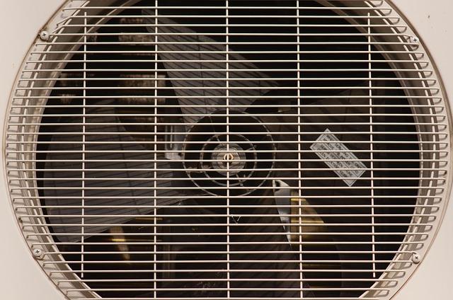 Installation de climatisation : pourquoi faire appel à un professionnel du froid ?
