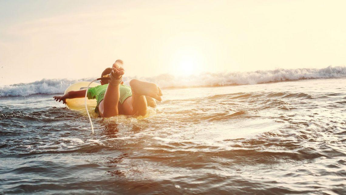Côte Ouest ou côte Est: comment choisir pour sa colonie de vacances mer?