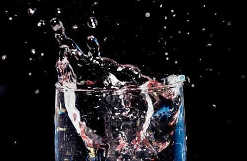 L'eau filtrée : contient-elle des produits de traitement ?