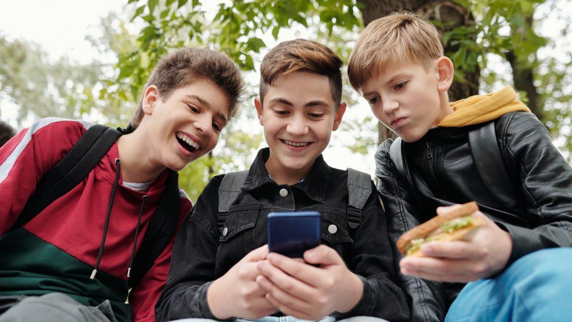 Smartphone : faire face à l'addiction chez l'enfant